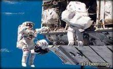 عودة طاقم كبسولة الفضاء الروسية سويوز