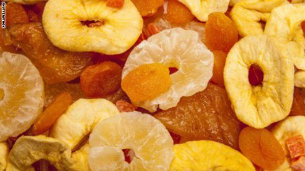 هل الفاكهة المجففة جيدة أم سيئة